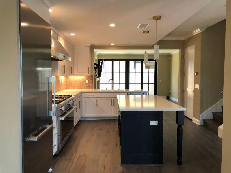Aveline Kitchen