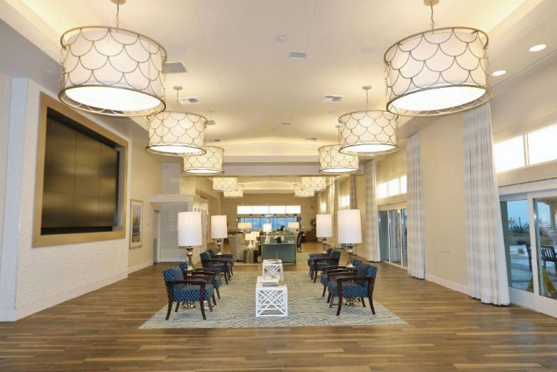 White Sands La Jolla Interior
